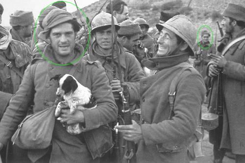 George Orwell con cuccioloHemingway visto in background