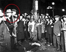 220px-Duluth-lynching-postcard