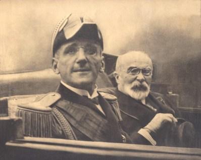 Re Alessandro I di Jugoslavia e Louis Barthou (ministro degli Esteri francese), il giorno del loro assassinio per mano di  Vlado Chernozemski, 1934.