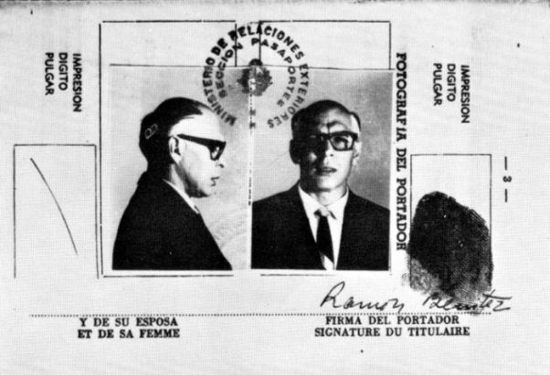 Che Guevara travestito da Ramón Hernández Benítez,